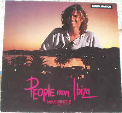 Photographie de la pochette recto du Disque vinyle Maxi Single 45 tours du chanteur croate italien d'Italo Disco Dance Sandy Marton (Aleksandar Marton) - People Of Ibiza (longue version - Dub Mix - Instrumental) - 1984 Ariola Group Of Company - Extrait de l'album 33 tours Modern Lover (1986) - Arrangé par Nino Lelli - Produit par C. Cecchetto - Producteurs exécutifs: Sandy Marton et Massimo Carpani - Prix estimations cote de disques Vinyls Remix Club Dub Tubes Hits Italo Disco Dance Club des années 80 - Vinyleticketomania